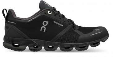 ON Running Cloudflyer Waterproof Herren Laufschuh Black lumar